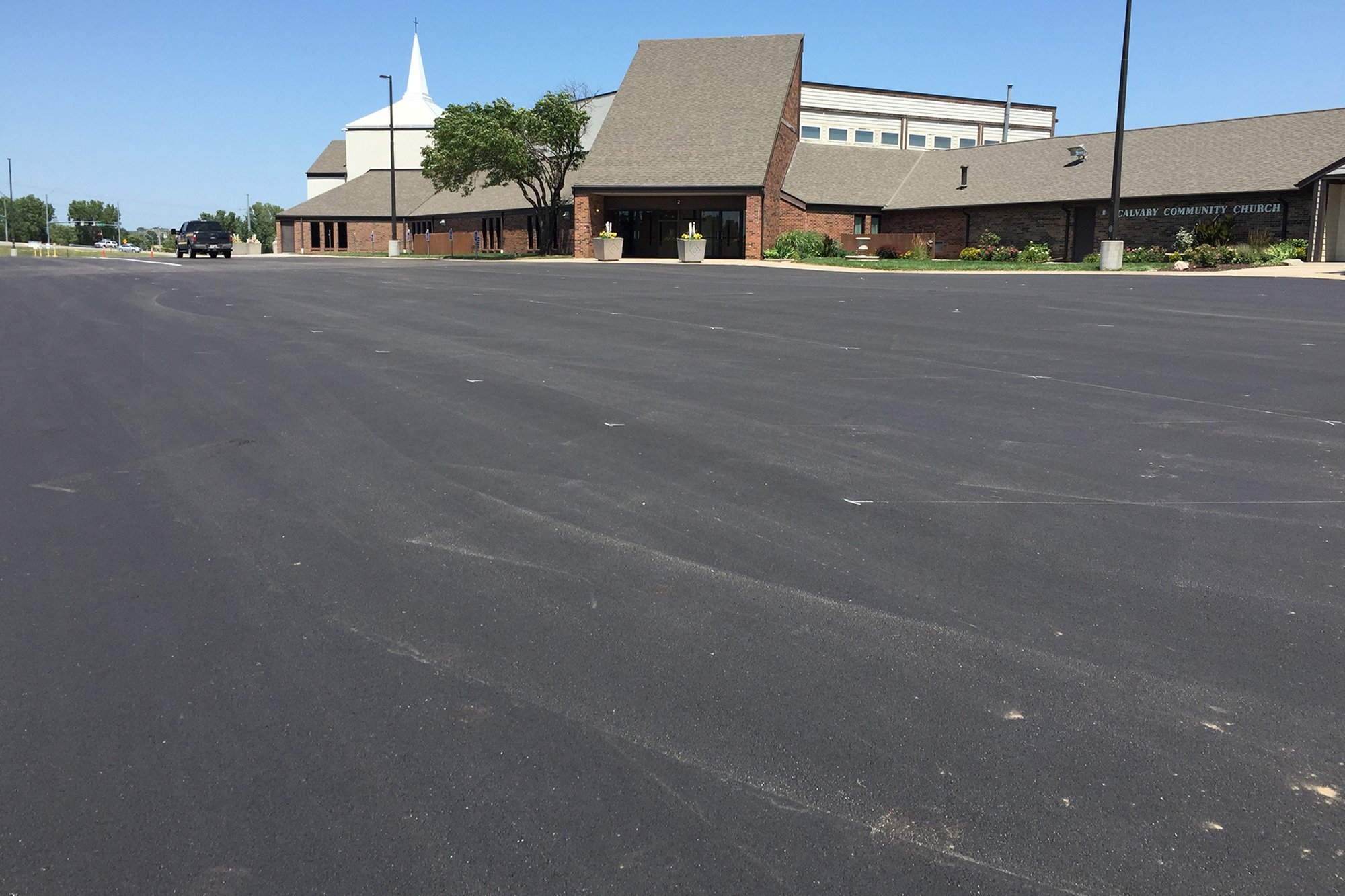 Lincoln Paving Asphalt Repair and Patching Lincoln Asphalt parking lot striping before4 - America's Pavement Maintenance Specialist