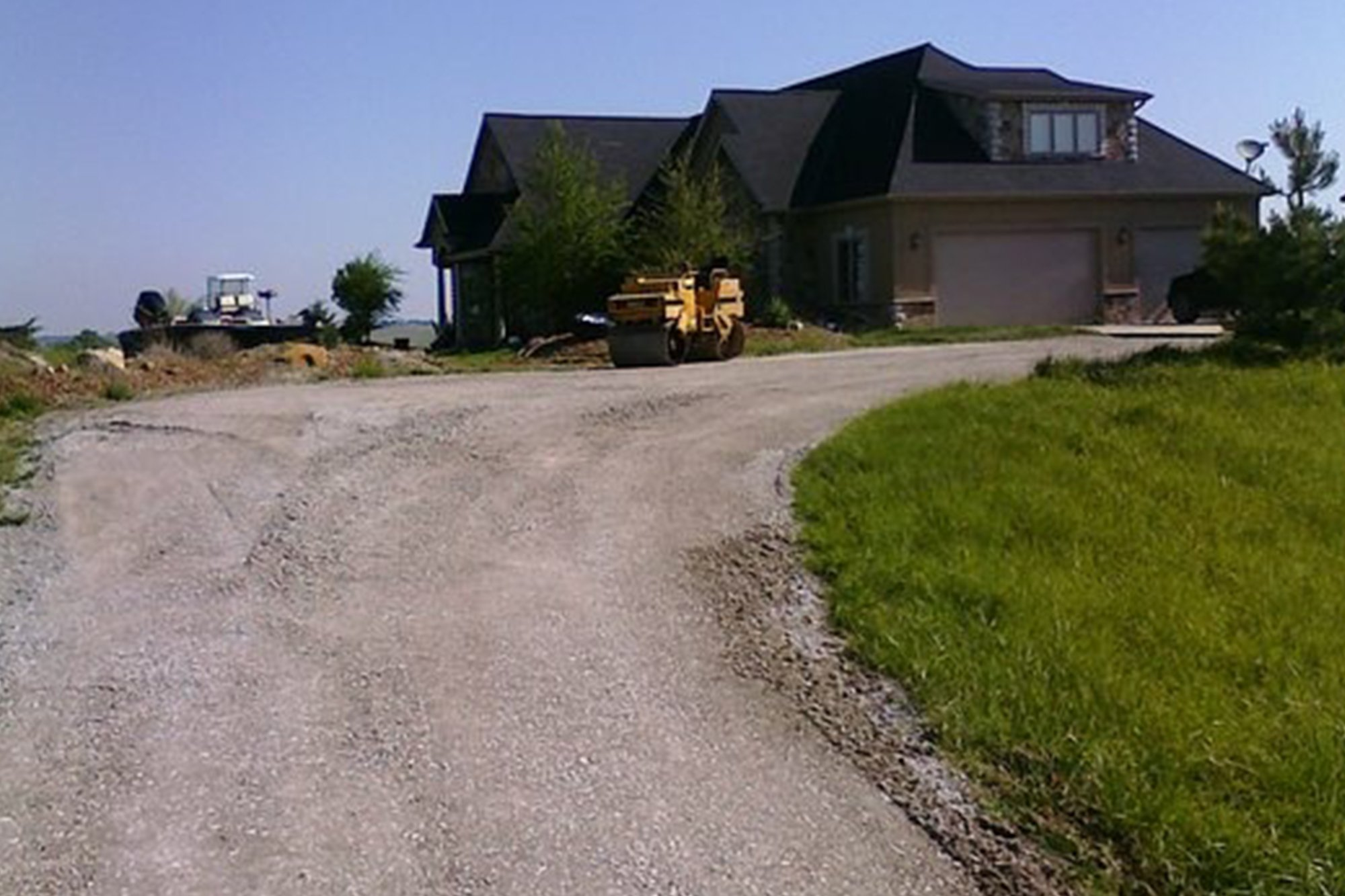 Lincoln Paving Asphalt and Driveway Repair and Patching Lincoln Asphalt paving and overlays home feature - Driveway Repair