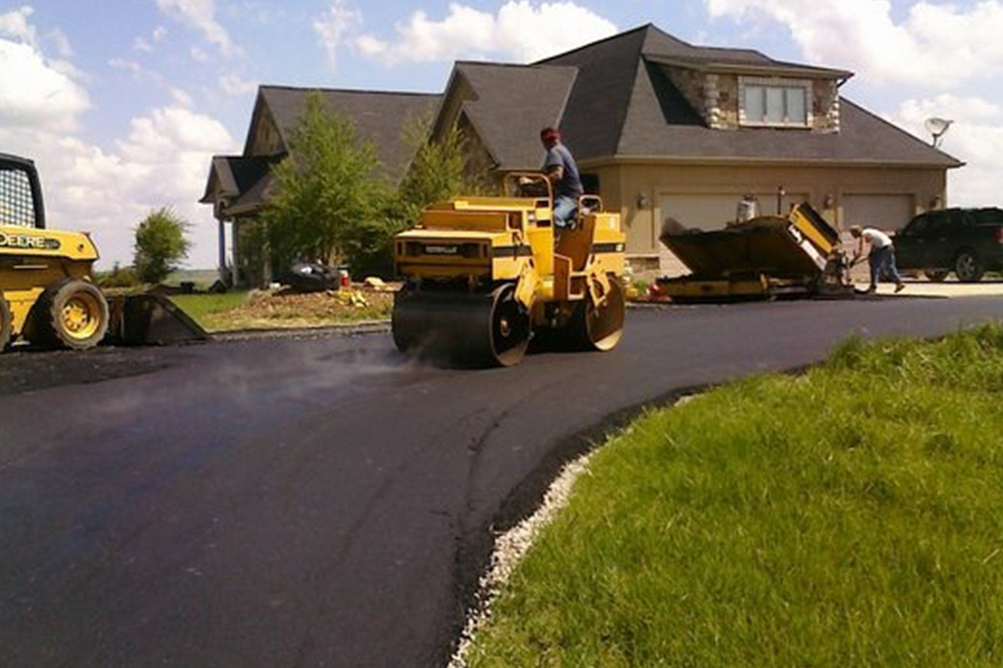 Lincoln Paving Asphalt and Driveway Repair and Patching Lincoln Asphalt paving and overlays home feature2 - Driveway Repair