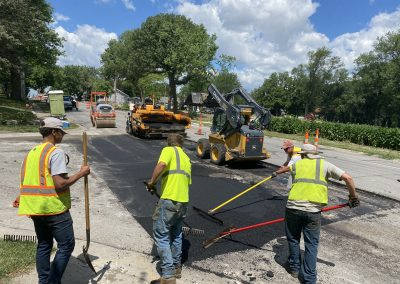 Lincoln Paving Asphalt and Driveway Repair and Patching IMG 7075 400x284 - America's Pavement Maintenance Specialist